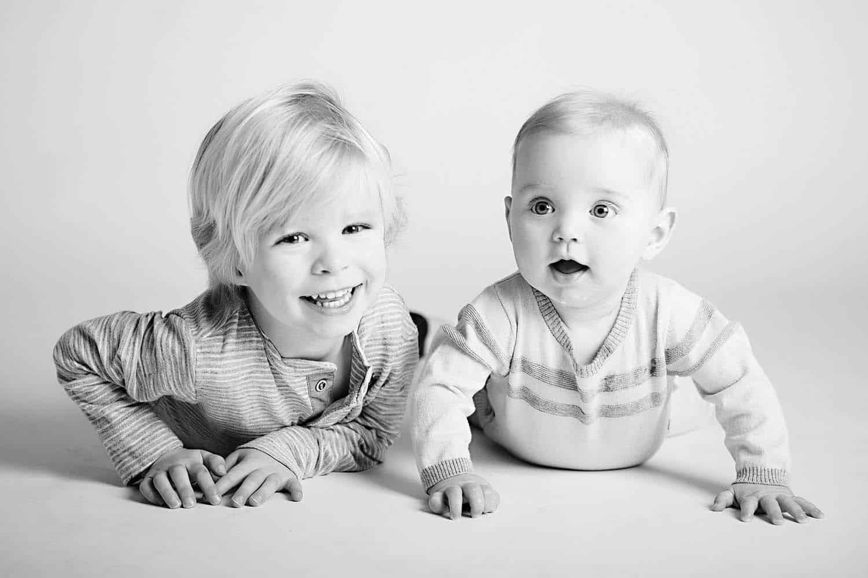 epagaFOTO kansas city documentary photography trending babys first year newborn photoshoot charlie6month014a
