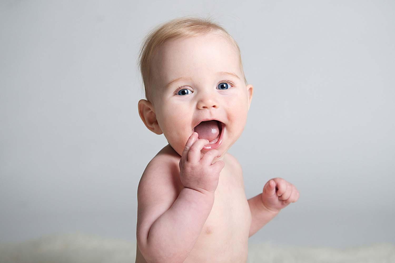 epagaFOTO kansas city documentary photography trending babys first year newborn photoshoot charlie6month049